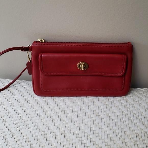Coach Handbags - Coach Wristlet